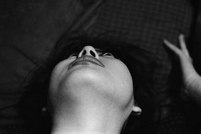 この度、Akio Nagasawa Galleryでは『東松照明:おお!新宿』展を開催致します。  1970年前後、新宿はヒッピーやベトナム反戦や学生運動の全盛期で…