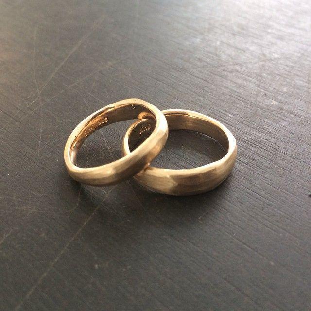 #custommade #14k #gold #wedding #rings #rough  #bestillingsArbejde #14kt #guld #vielsesringe #rå  #stinneholm #stefansgade #guldsmed