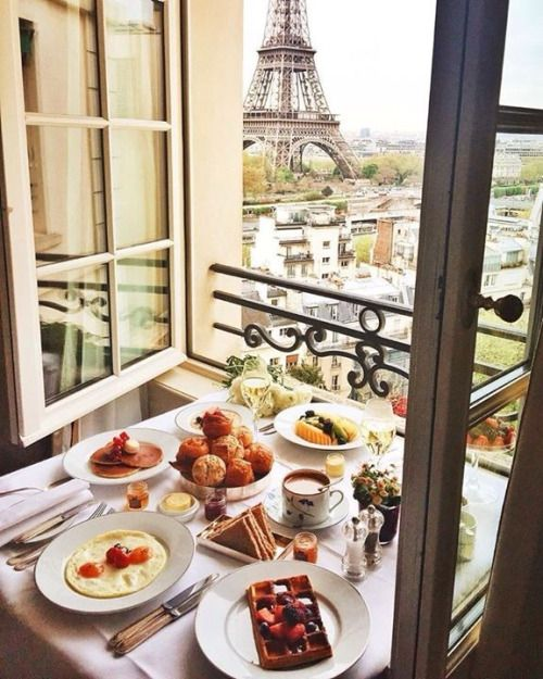 Brunch with a million dollar view!