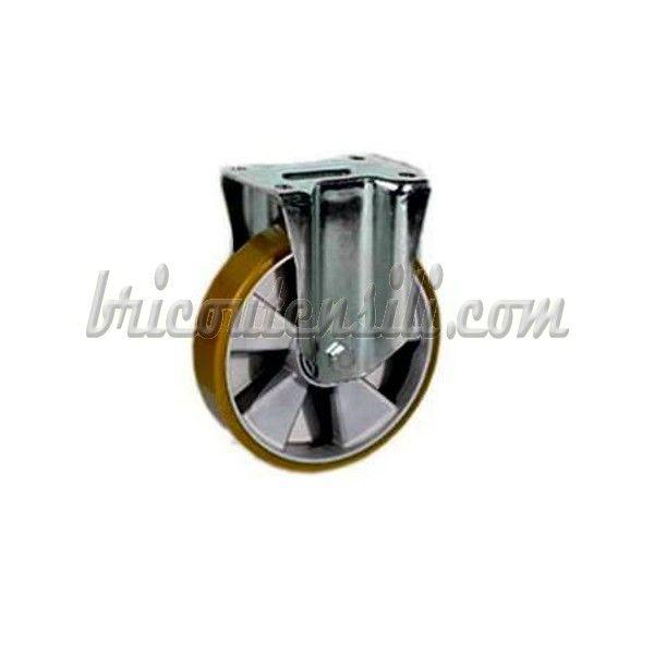 Ruota in poliuretano colato TR con nucleo in alluminio pressofuso, mozzo con cuscinetti a sfera, assale costituito da tubetto in acciaio rettificato, vite UNI EN 24017 e dado UNI EN 24032