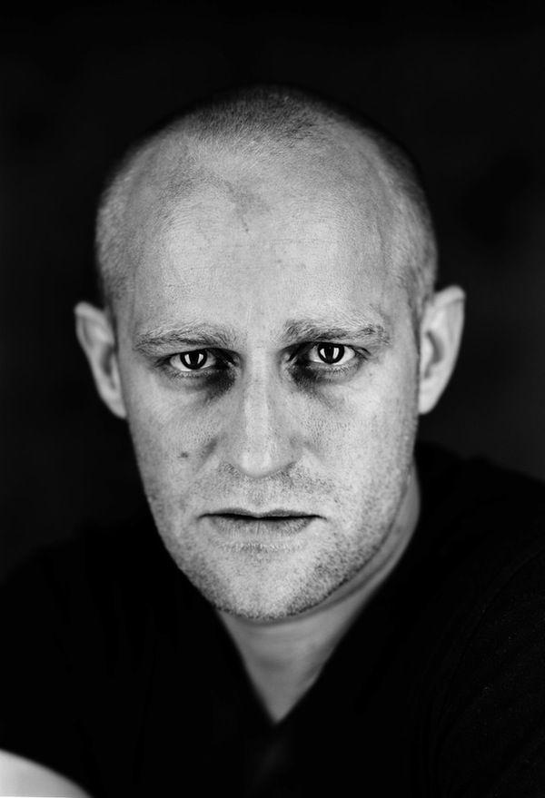 Iván Saveljevics Varenuha, a Varietészínház adminisztrátora / House-manager of the Variety Theatre - Jürgen Vogel