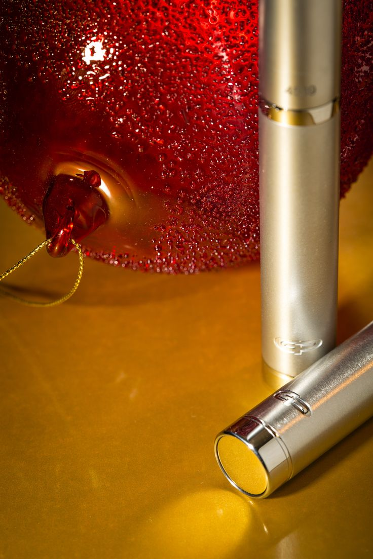 GP PICCOLO v4 mod is coming out during January 2015. The perfect match for those who like to vape with slick and light devices. It is compatible with GP Spheroid and other 16 mm atomizers. Two finishes: brushed and media blasted. It is made from EU certified 316 SS and it will be available from Vapourart store and our official resellers. Designed and made in Athens, Hellas.