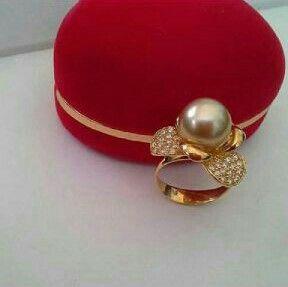 Cincin mutiara lombok Pesan Add Bbm : D6AB777F Sms/ tlp. : As 082337322501/ IM3 085785304765 Wa. : Tri 08990127841 NB: Bila anda ragu jangan membeli dulu. Cek dulu resi dan testnominalnya  #mutiara#mutiaralombok#mutiaralaut#mutiaratawar#fashion#perhiasan#rhodium#elegant#allstyle#wisata#senggigi#oleholehlombok#emas#kadoistimewa#wedding#bros#alam#natural#pearl#gold#silver#sekarbela#