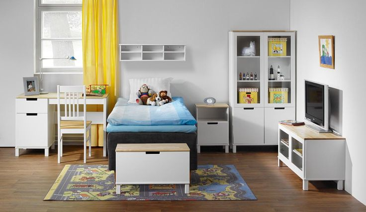 Työ- ja kirjoituspöydissä tarjolla erilaisia muotoilutyylejä sekä runsaasti kokoja ja värivaihtoehtoja erilaisiin työtiloihin ja koululaisille opiskelukalusteiksi.