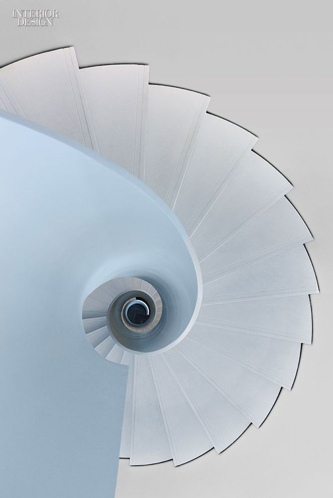 A nautilus-inspired feature stair at the offices of Hyundai Capital in Frankfurt