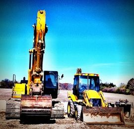 As you probably know, final drives(Travel or Propel Device) are not cheap. We offer a more cost affordable solution when it comes time to purchase a final drive and or parts for a final drive for your excavator, bulldozer or track loader.  We supply final drives for John Deere, Hitachi, Caterpillar, Case, Kobelco, Komatsu, Link-Belt, Volvo and more.
