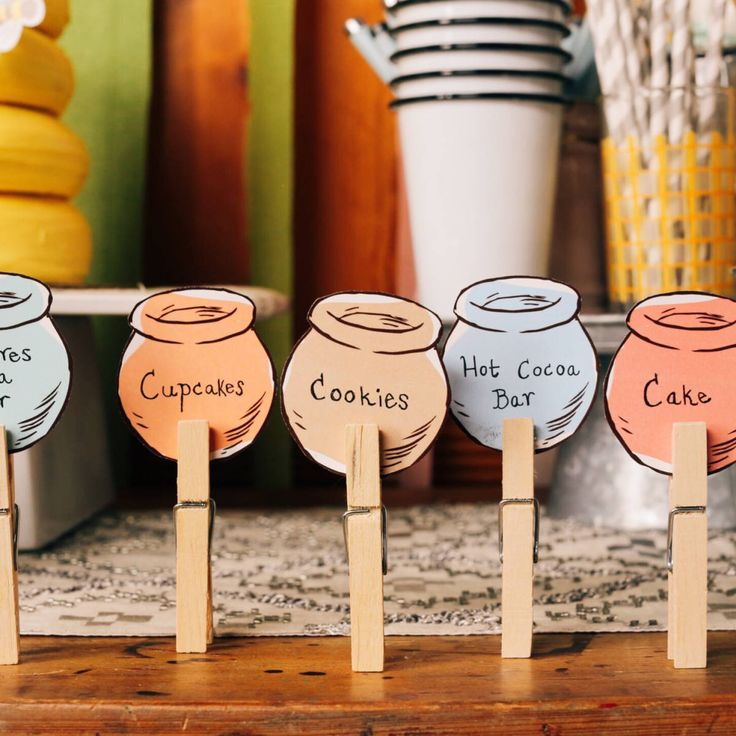 Pooh Bear dreams of a world made of honey. Let your guests know which treats of their dreams are at your table with these printable honey pot buffet cards.