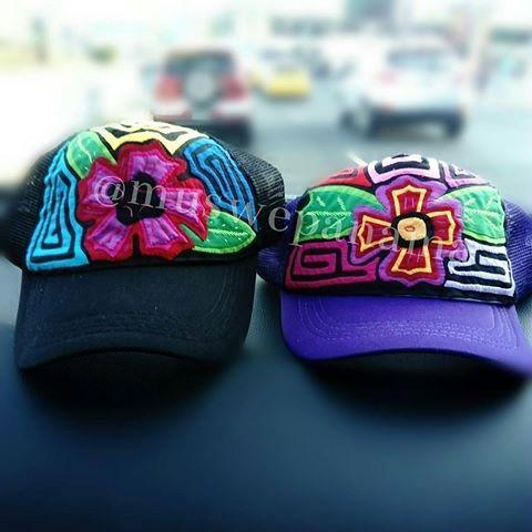 @Regrann from @muswepanama -  Se acercan los carnavales 🎭 🎭 🎭 🎭 🎭 y Tú no te puedes quedar sin las gorras que tiene @muswepanama para ti.  Haz tus pedidos aquí 📲 63127042  #gorras #gorrasdemola #mola #molaspanama #molaspty #molakuna #molaguna #molapanama #panama #Panamademoda #fashion #fashionaddict #fashionlovers #ventas #ventaspanama #ventaspty #pty #hechoamano #handmade - #regrann