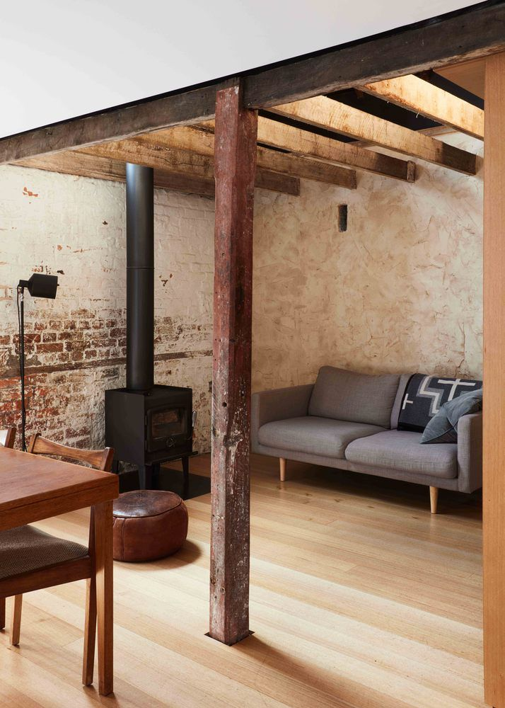 "Barn Conversion Does ""As Much As Necessary, As Little As Possible""   The perfect little Aussie made heater @wignells"