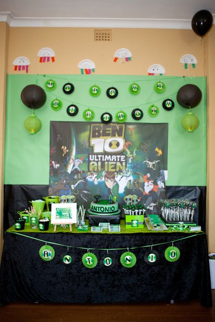 Table scape idea for Ben 10 party