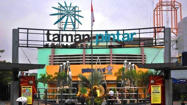 Rekreasi Keluarga di Taman Pintar Yogyakarta, Untuk Edukasi dan Hiburan Menyenangkan