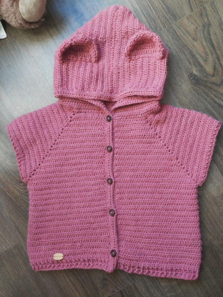 Cieplutki, szydełkowy sweterek dla malucha