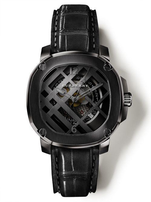 La montre noire homme The Britain Icon Check trench de Burberry
