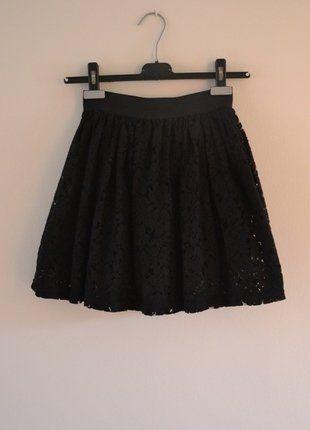 Kup mój przedmiot na #vintedpl http://www.vinted.pl/damska-odziez/spodnice/17490138-koronkowa-czarna-spodnica-cubus-xs