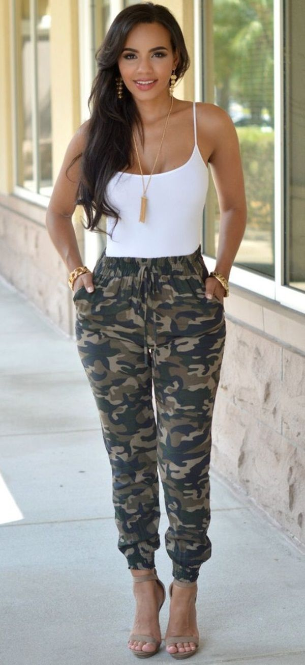25 Stylish Ideas to wear Camo Pants to look hot as hell | Camo Pants Outfits | Chic Outfits | Fenzyme.com
