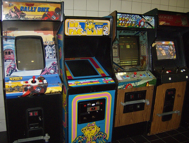 115 best Arcade Machines images on Pinterest | Arcade games, Video ...