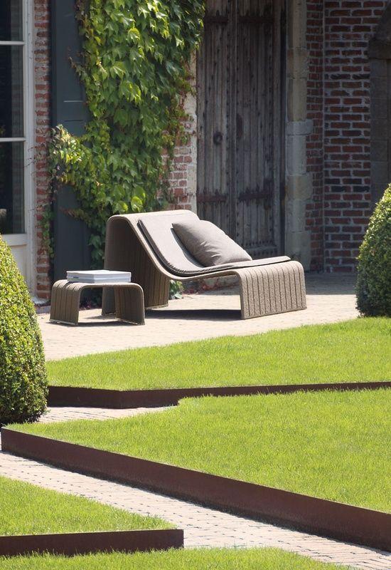17 best images about tuinonderhoud en kantopsluitingen Spring Steel Patio Chairs Patio Chair Material