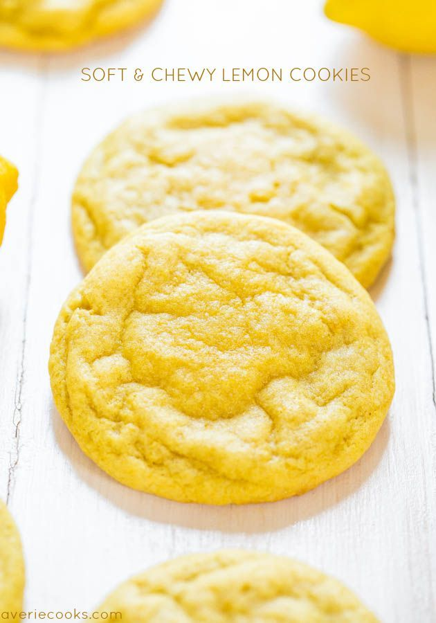 Soft+and+Chewy+Lemon+Cookies+-+Packed+with+big,+bold+lemon+flavor+for+all+you+lemon+lovers!+They're+soft,+chewy+and+not+at+all+cakey!+
