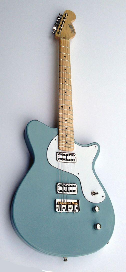 Calumet Guitars - Stronzetta