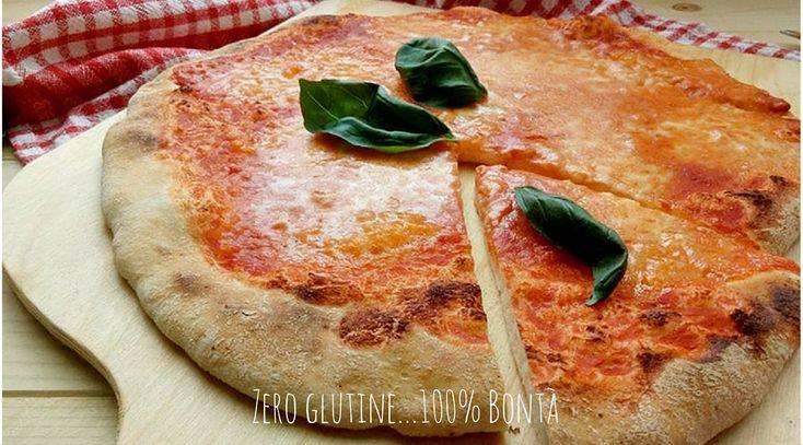 Ecco come preparare una buonissima Pizza veloce senza glutine a lievitazione istantanea ,come quella della pizzeria. Segnatevi la ricetta!