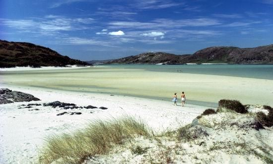 The Highlands.The Silver Sands of Morar are a celebrated series of beautiful sandy beaches, which pepper the coastline from Arisaig to Morar.