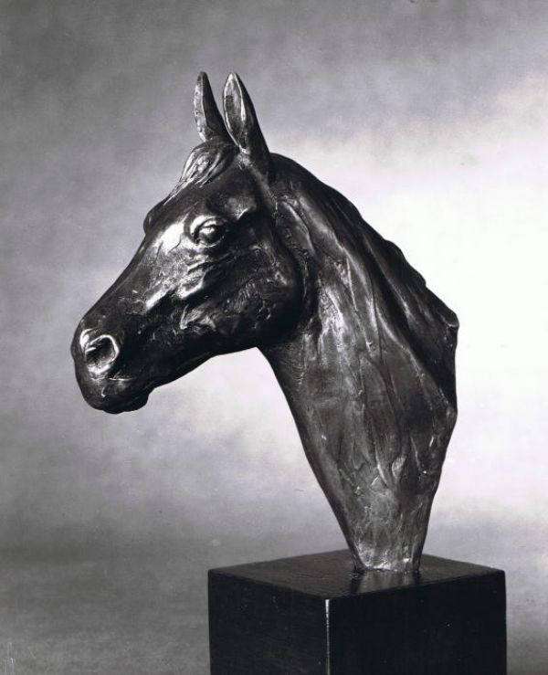 #Bronze #sculpture by #sculptor Enzo Plazzotta titled: 'Horses Head (small Bronze sculpture/Bust/statue/statuette for sale)'. #EnzoPlazzotta