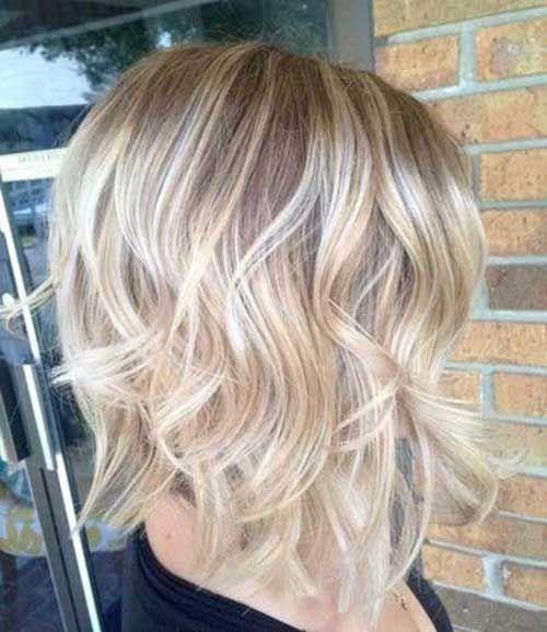 40 Beachy Waves Short Hair   http://www.short-haircut.com/40-beachy-waves-short-hair.html