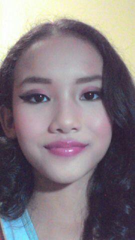 Berry Toned Makeup