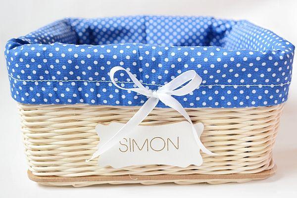 modro - biely košík s menom