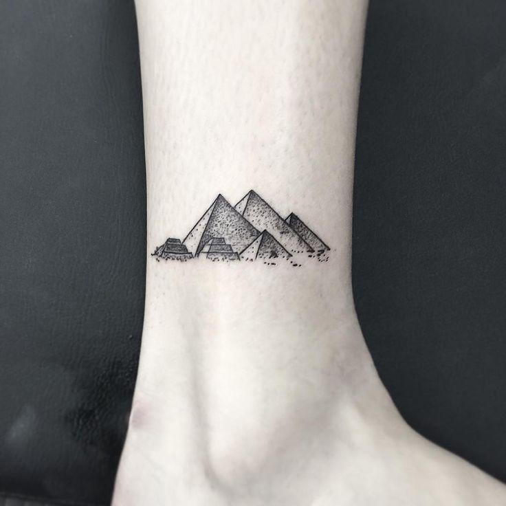 Fotos de Tatuagem de Pirâmide   Fotos de Tatuagens