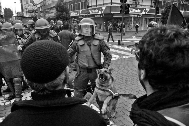 protestas del 21 de mayo amedrentamiento!! by vladimir  gavilan  on 500px