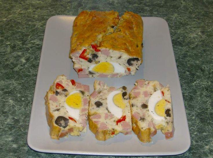 Reteta culinara Chec aperitiv cu oua din categoria Aperitive / Garnituri. Cum sa faci Chec aperitiv cu oua