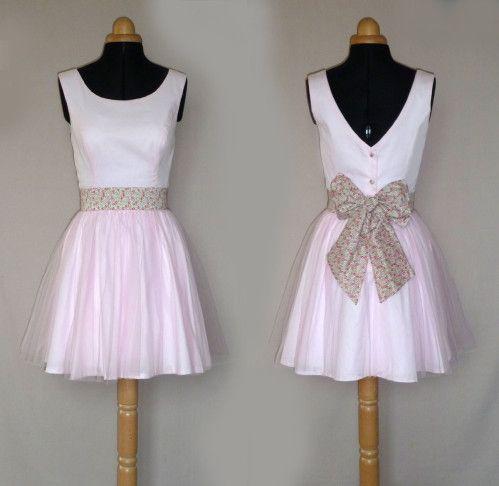 1000 id es sur le th me ceintures de robe de mariage sur for Robes de demoiselle d honneur pour les mariages sur la plage