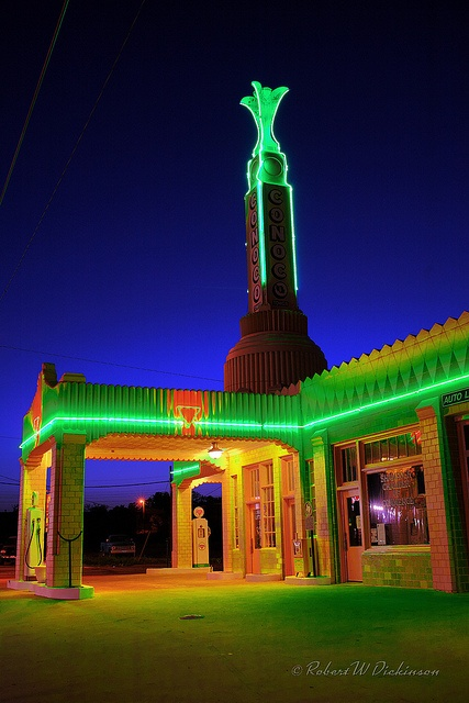 Close-Up of Conoco Tower After Dark on Route 66 (Shamrock)