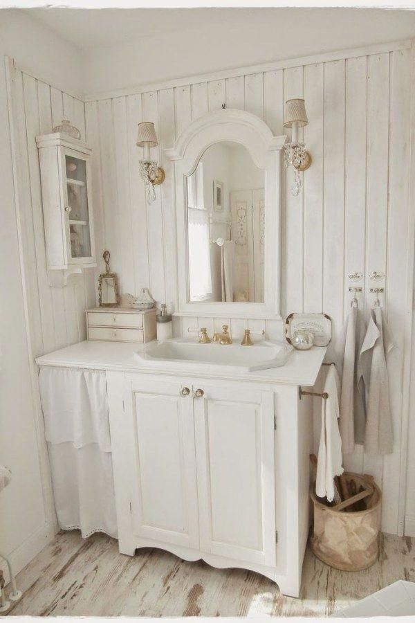 50 Beautiful Shabby Chic Style Bathroom Decor Ideas You Can Do Yourself For Your Cottage With Images Shabby Chic Bathroom Decor Chic Bathroom Decor Shabby Chic Bathroom