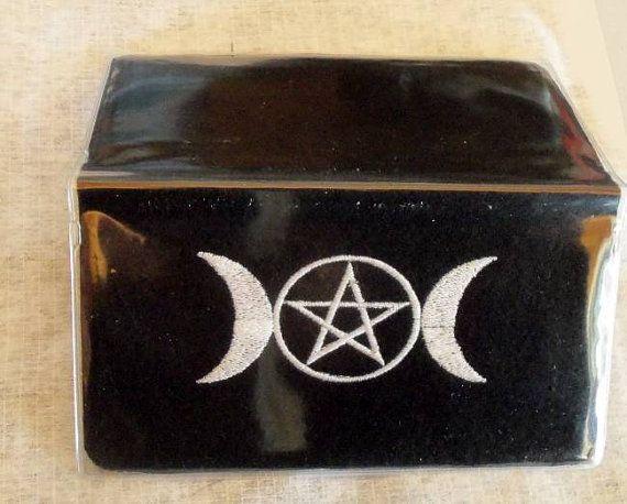 Checkbook Cover,Triplemoon, Pagan ,Pentagram, Wiccan, Pagan, Pagan Embroidery,Triple Goddess,Triple moon