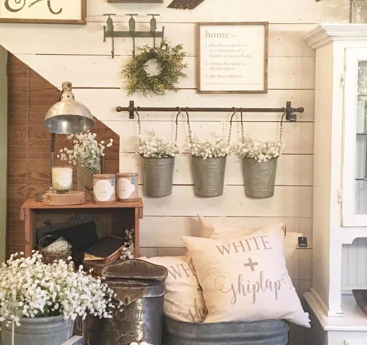 Pretty farmhouse decor