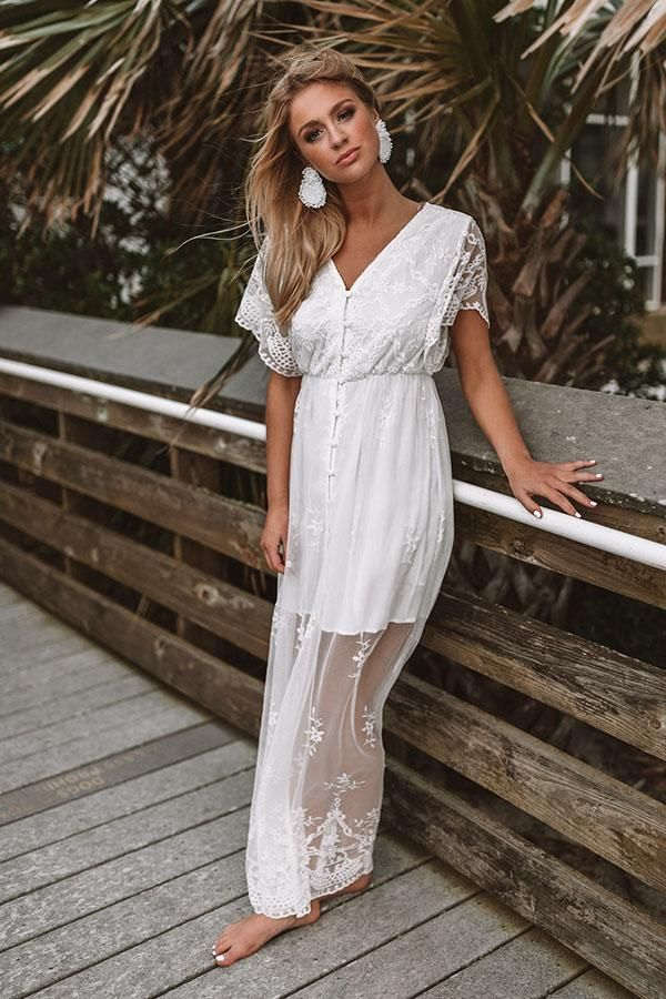 edf33e1d95 Beach and Kisses Lace Maxi Dress in 2019 | Summer/Spring fashion ...