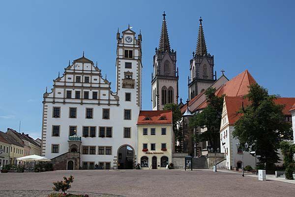 Oschatz - Neumarkt, Rathaus und Aegidienkirche