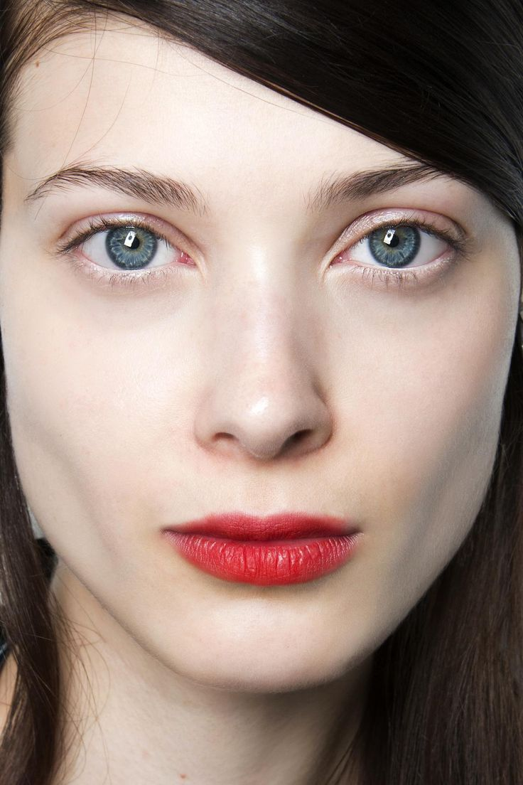 The best ways to wear bold lipstick this summer stains How to get rid of red lipstick stain