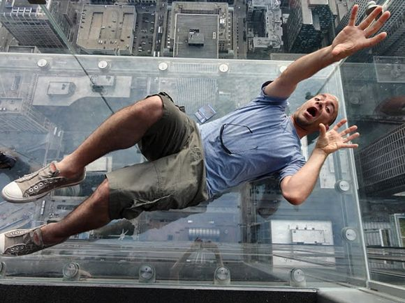 Craziest scariest elevator in the world bottomless for 103 floor skyscraper the sears tower in chicago