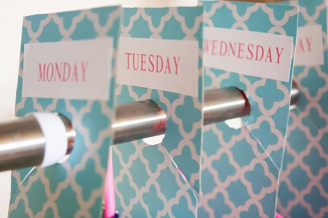 Plan out each day's outfit with these simple DIY labels!