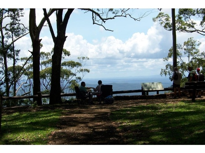 Enjoying lunch and the view at The Knoll lookout, Mount Tamborine.