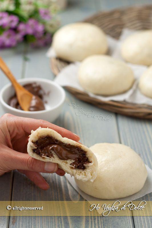 I Bao sono delle brioches al vapore o panini tradizionali cinesi. Sono facili, leggere, senza uova e ripiene di cioccolato, ricetta anche per il Bimby.