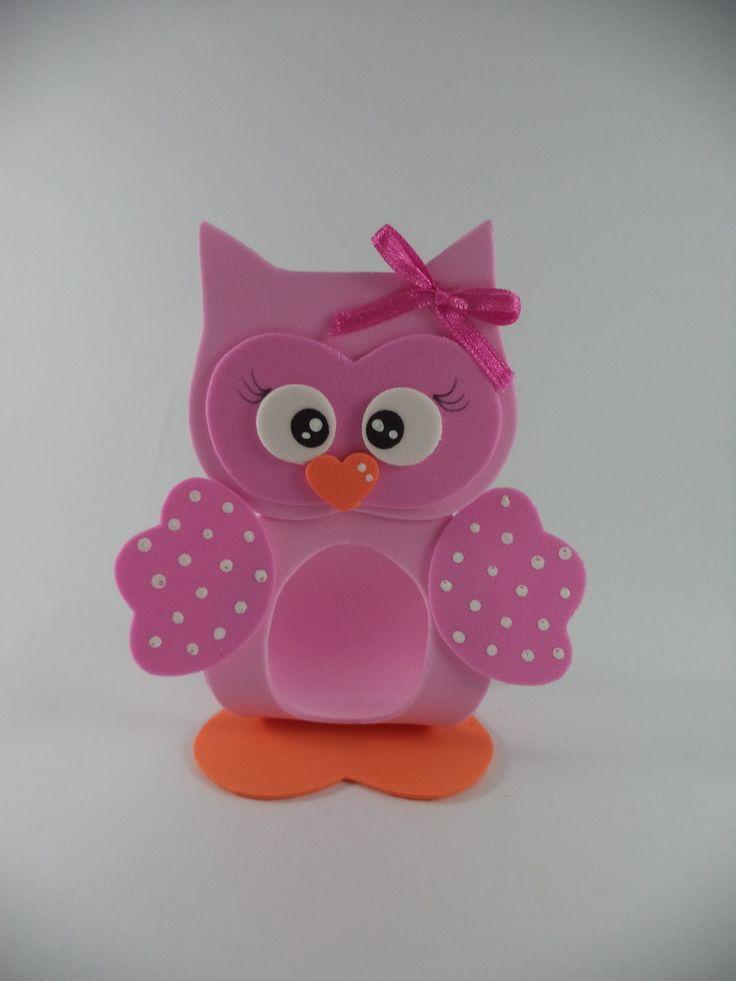 Porta bombom coruja rosa para menina feito em EVA <br>Produto feito sob encomenda acima de 10 unidades. <br>Prazo para produção 7 dias úteis, dependendo da quantidade do pedido Mais