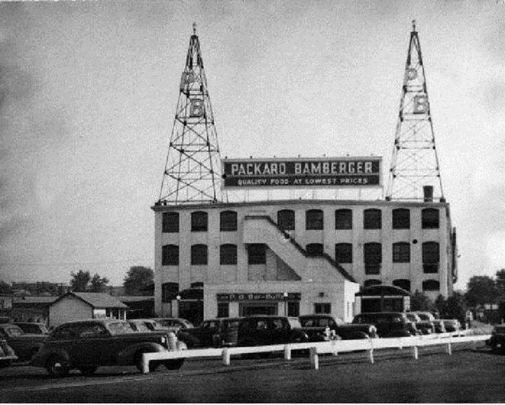 Packard Bamberger Co In Hackensack NJ 1930s