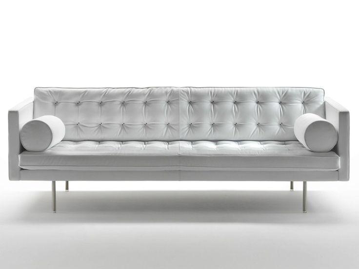 les 25 meilleures id es de la cat gorie canap tuft sur. Black Bedroom Furniture Sets. Home Design Ideas