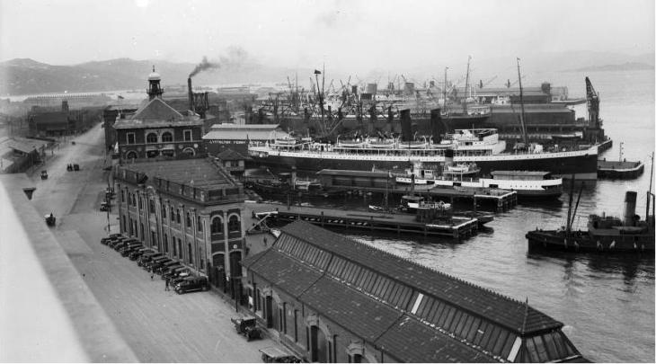 View over Shed 13 Customhouse Qy looking towards Lyttelton ferry berth, Wgtn, taken ca 1930s by Sydney Charles Smith. 1/2-045632-G. Permission of the Alexander Turnbull Library, Wellington, New Zealand, must be obtained before any re-use of this image.