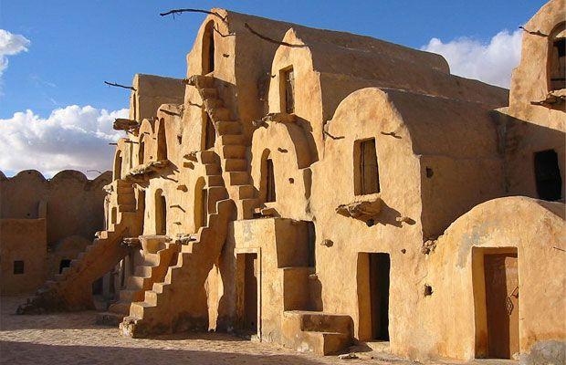Sul da Tunísia, eternizado pela saga Star Wars   #AnakinSkywalker, #Berberes, #Deserto, #EpochTimes, #GeorgeLucas, #KsarOuledSoltane, #Luke, #StarWars, #Tatooine, #Tatouine, #Tunísia, #UmaNovaEsperança