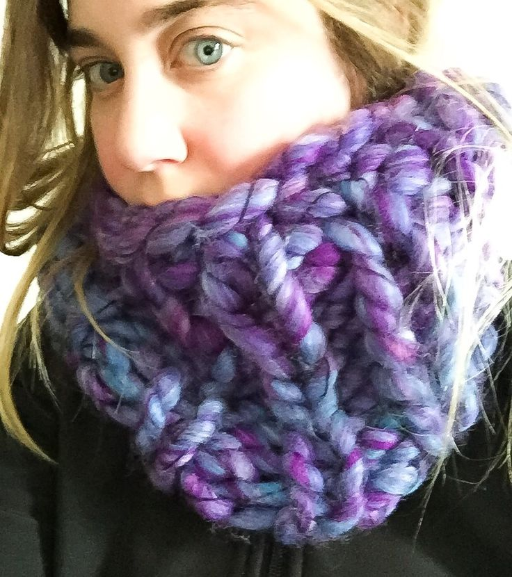 radiant orchid cowl by SoTwisticated. Super big, chunky knit.